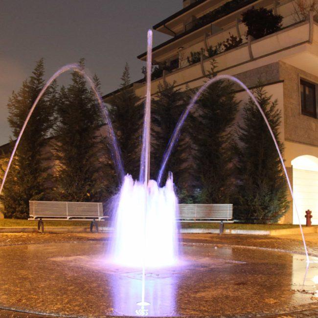 fontana-agrate-lusso-danzante-forme-dacqua-7
