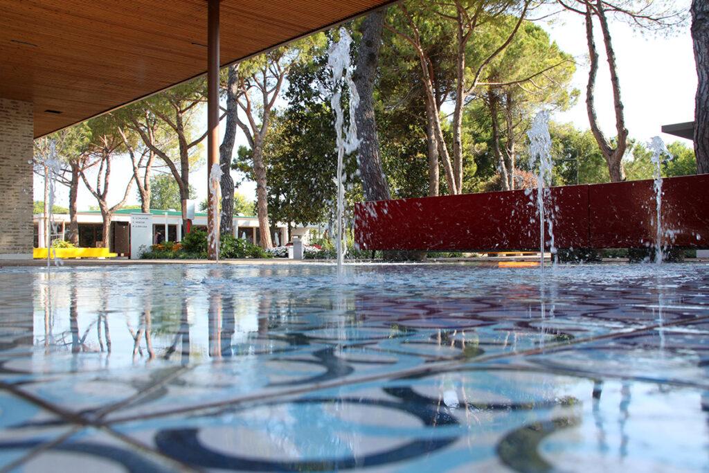 17072018-fda-marina-di-venezia-fontane-a-raso-e-a-sfioro-69-1024x683