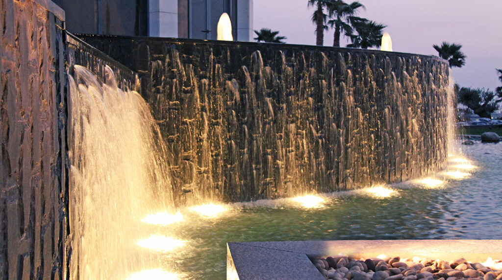 WaterFall_fontana_cascata_erbil-1024x572