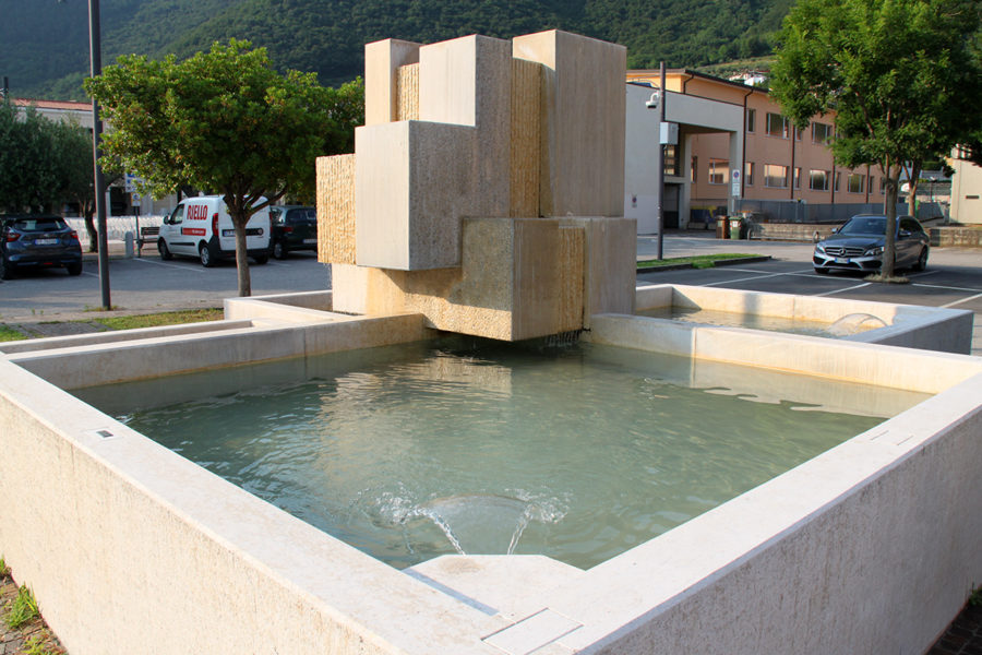 Restoration of the Scalpellini Fountain, Pove del Grappa (VI)