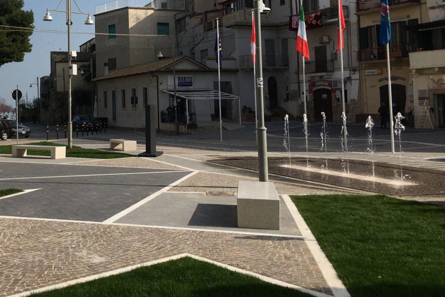 Fontana a raso – Piazza degli Eroi Canadesi, Ortona (CH)