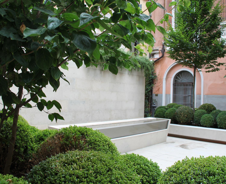 6_forme-dacqua_fontana-da-esterno_giardino-venezia