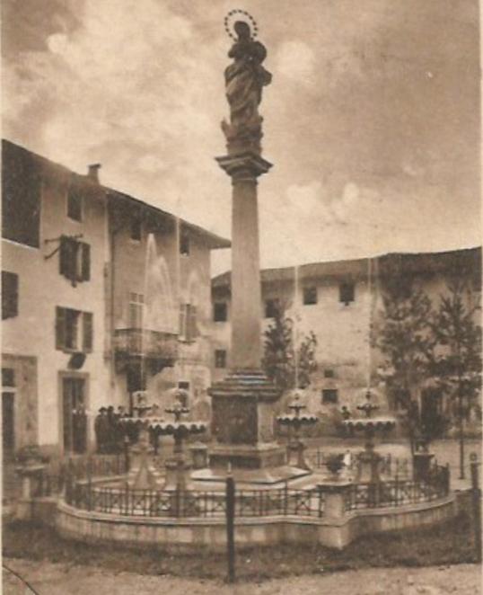 forme-dacqua_fontane-a-pavimento_Cameri_fontana-anni-30_edit